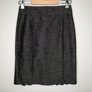 le chateau Rear Pleated Grey Pencil Skirt Size 1/2